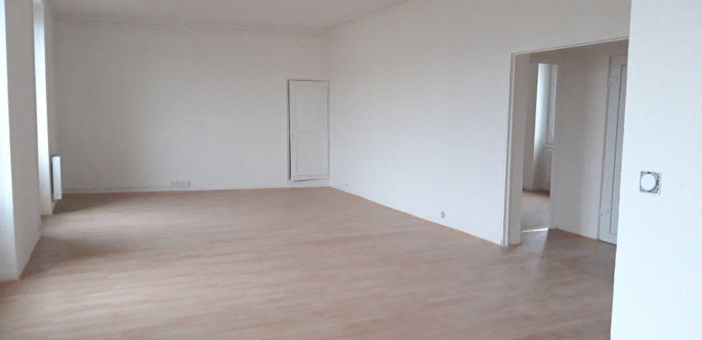 Appartement à louer 3 82.2m2 à Nevers vignette-5