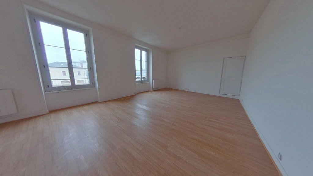 Appartement à louer 3 82.2m2 à Nevers vignette-9