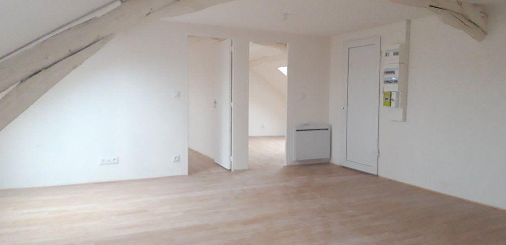 Appartement à louer 3 45.8m2 à Nevers vignette-5