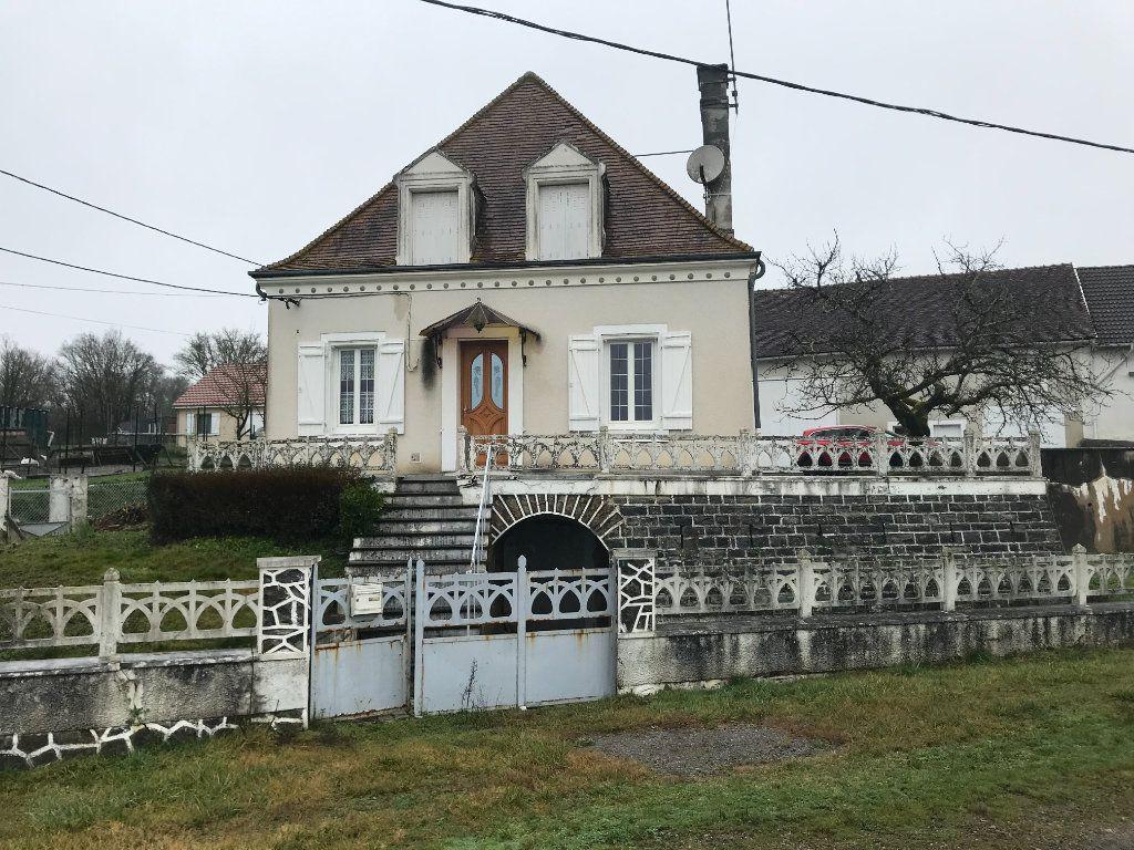 Maison à vendre 4 96m2 à Celon vignette-1