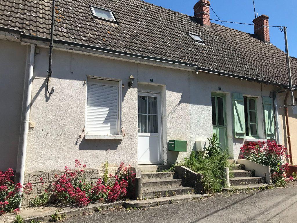 Maison à vendre 4 93m2 à Saint-Genou vignette-1