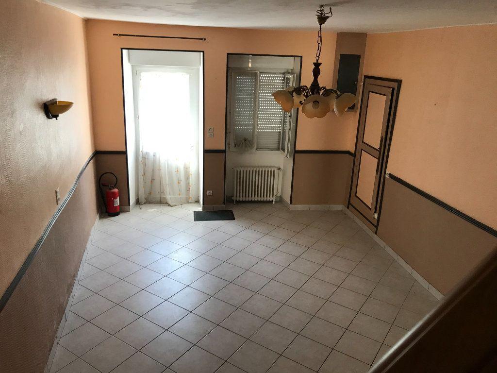 Maison à vendre 4 93m2 à Saint-Genou vignette-2