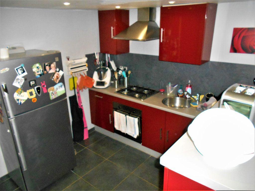 Maison à vendre 5 100m2 à Cours-les-Barres vignette-3
