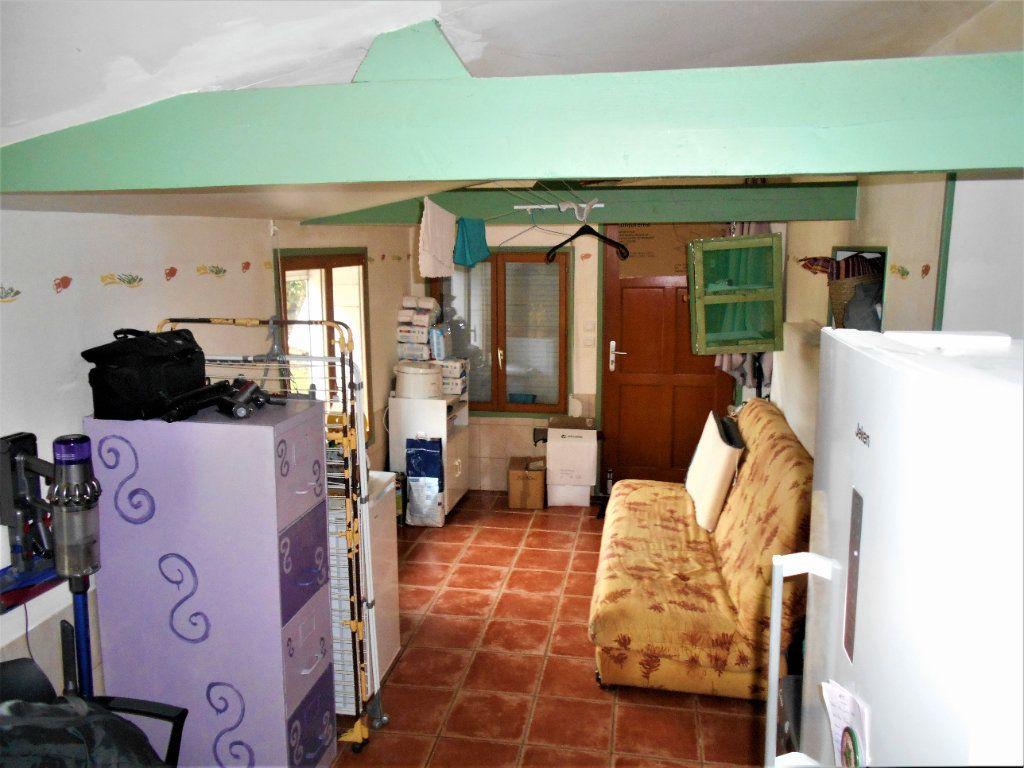 Maison à vendre 5 100m2 à Cours-les-Barres vignette-9