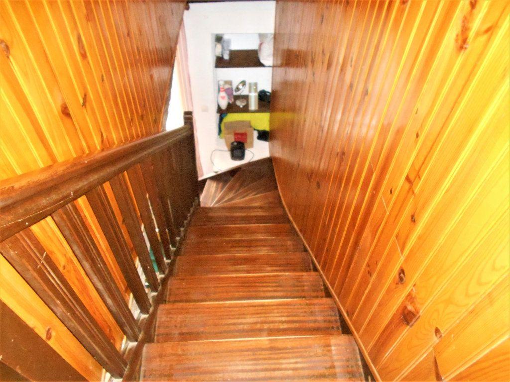 Maison à vendre 5 100m2 à Cours-les-Barres vignette-11