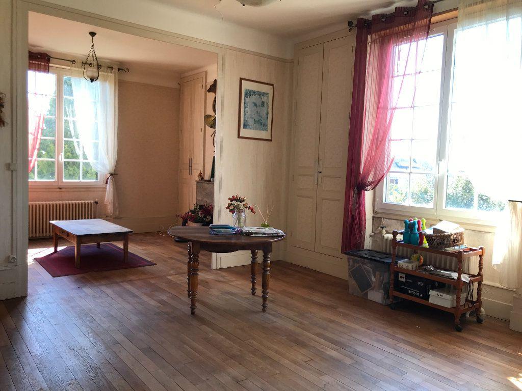 Maison à vendre 6 140m2 à Velles vignette-5