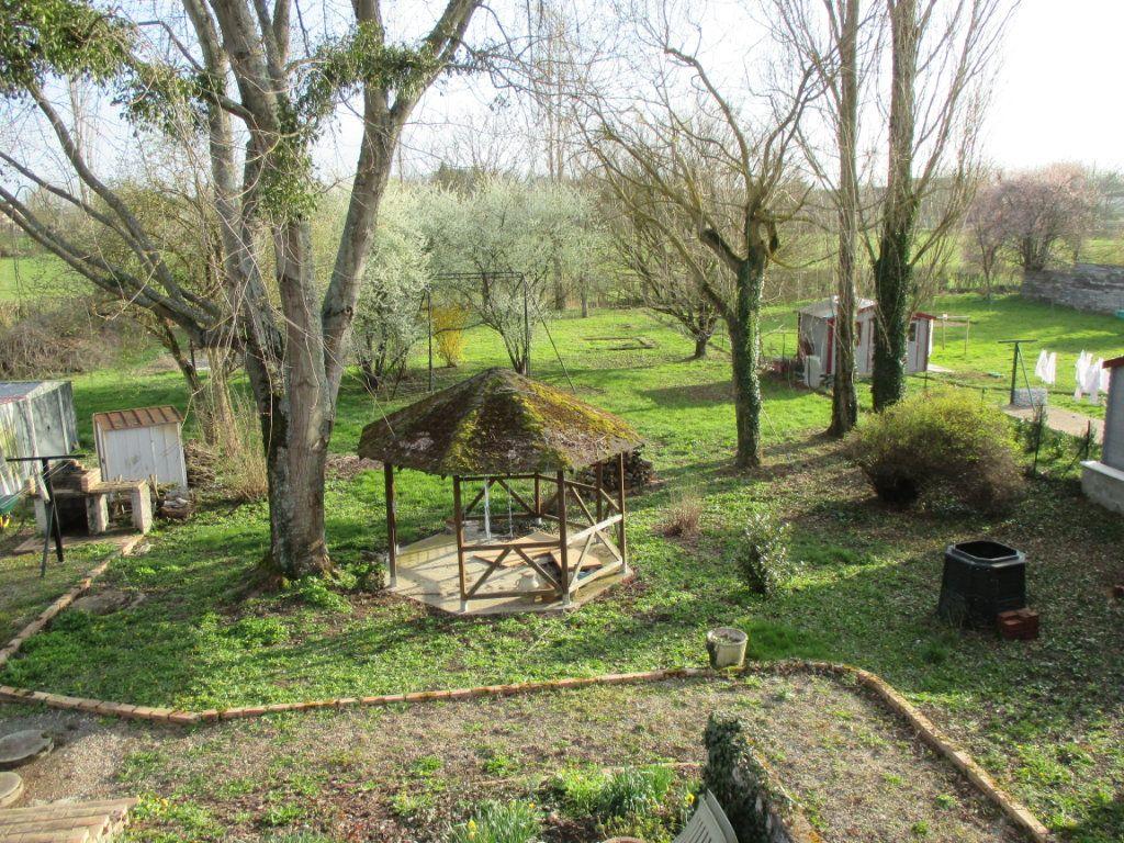 Maison à vendre 5 100m2 à Bengy-sur-Craon vignette-10