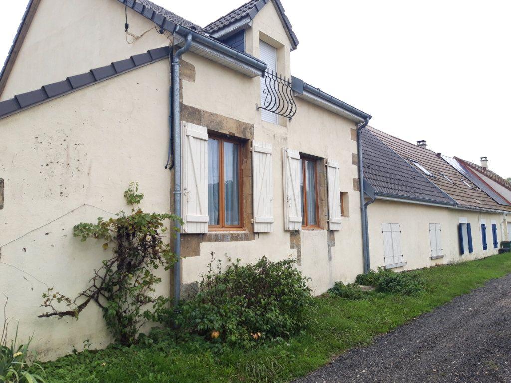 Maison à vendre 6 150m2 à Saint-Jean-aux-Amognes vignette-1