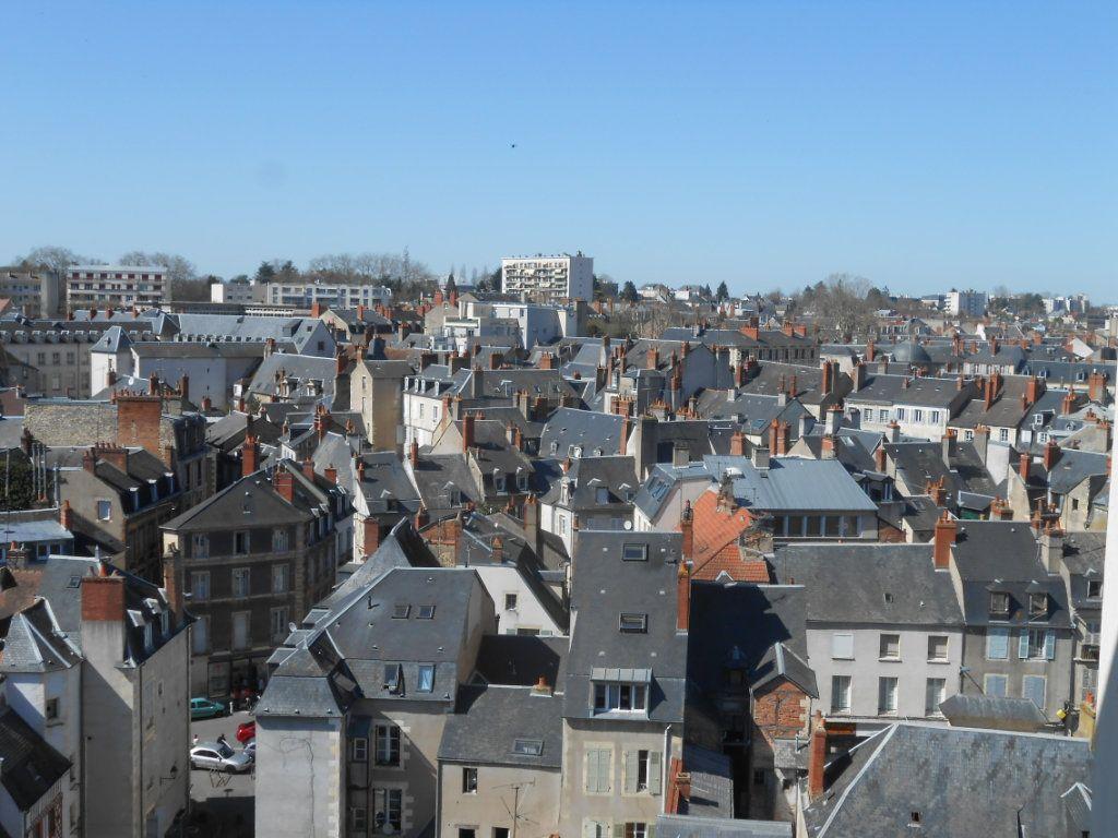 Appartement à vendre 5 73m2 à Nevers vignette-4