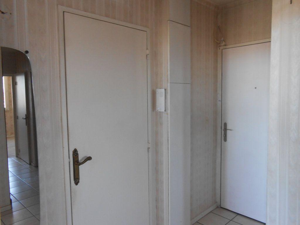 Appartement à vendre 5 73m2 à Nevers vignette-8