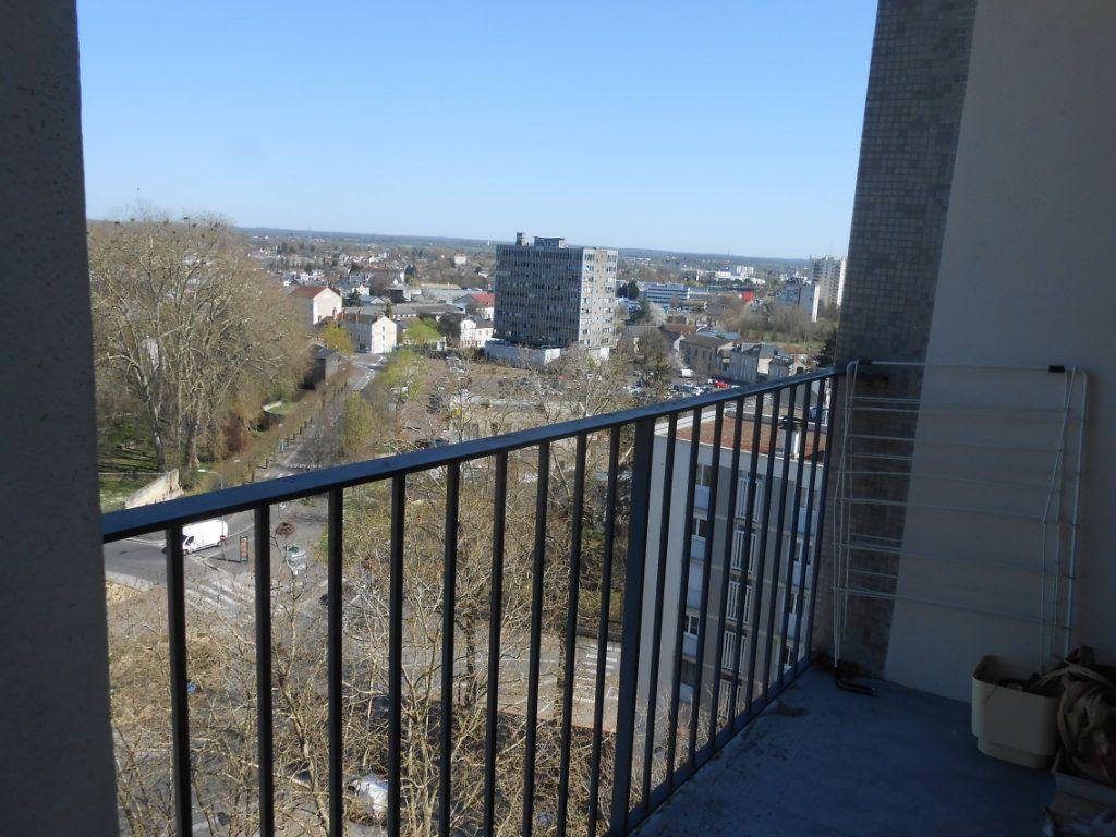 Appartement à vendre 5 73m2 à Nevers vignette-9