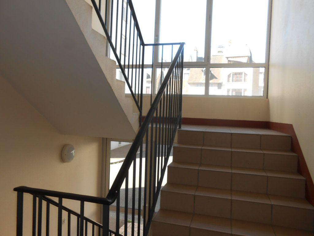 Appartement à vendre 5 73m2 à Nevers vignette-11