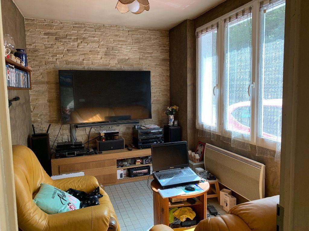 Maison à vendre 5 60m2 à Saint-Florent-sur-Cher vignette-2