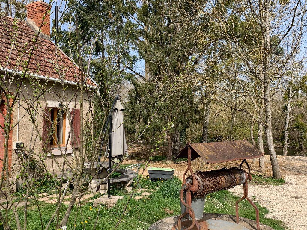 Maison à vendre 5 60m2 à Saint-Florent-sur-Cher vignette-3