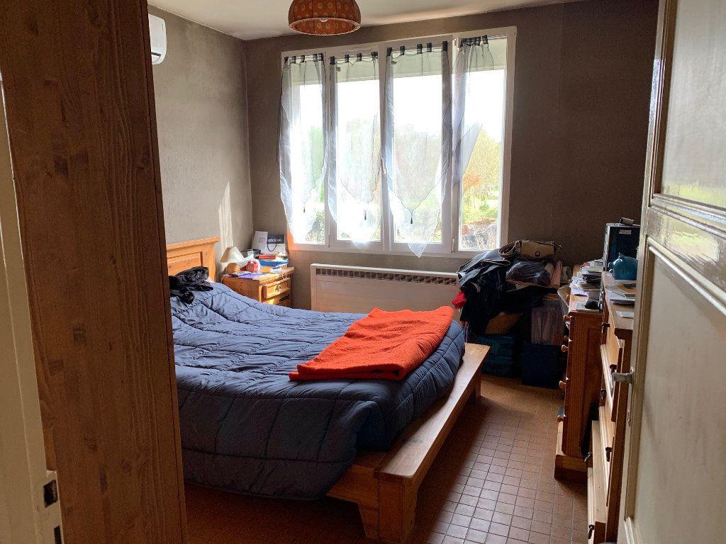 Maison à vendre 5 60m2 à Saint-Florent-sur-Cher vignette-8