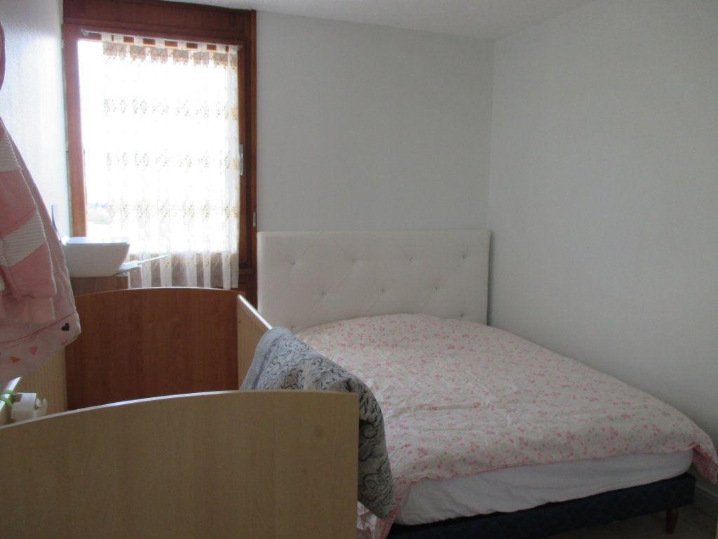 Appartement à vendre 4 77.73m2 à Bourges vignette-5