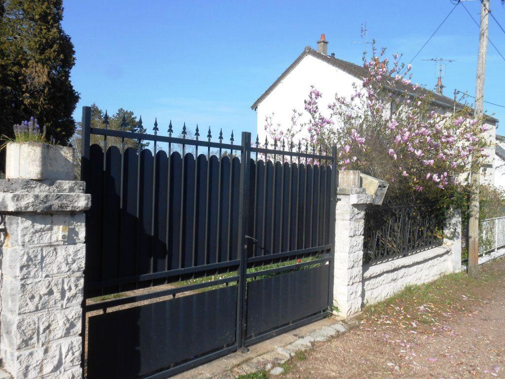 Maison à vendre 5 130m2 à Varennes-Vauzelles vignette-6