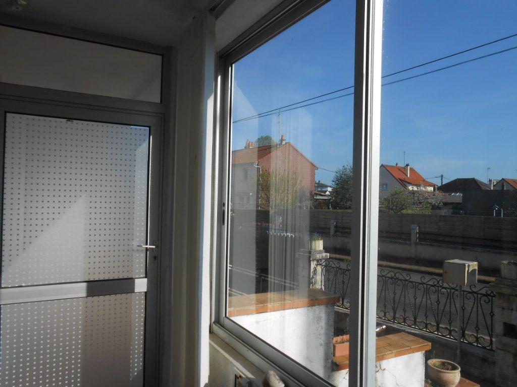 Maison à vendre 5 130m2 à Varennes-Vauzelles vignette-11