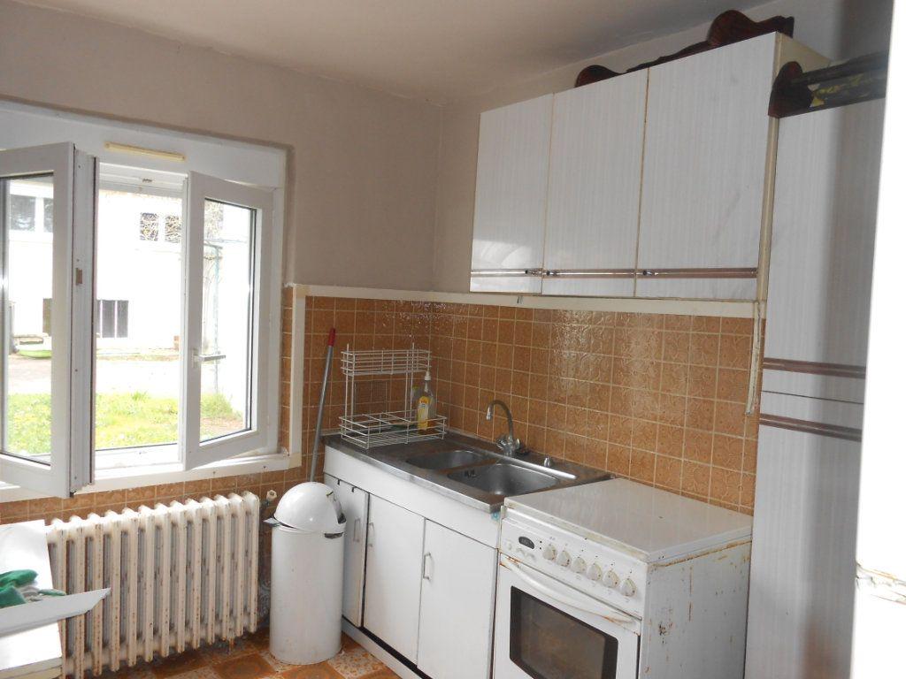 Maison à vendre 5 130m2 à Varennes-Vauzelles vignette-13