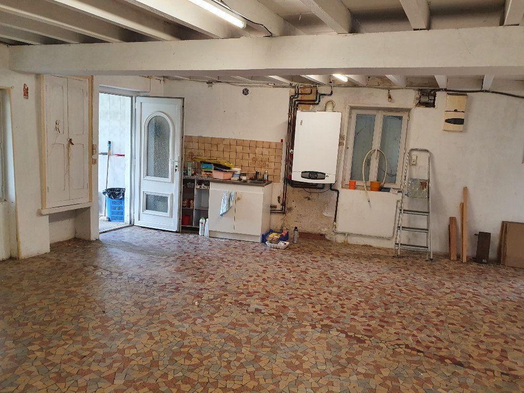 Maison à vendre 4 120m2 à Saint-Pierre-le-Moûtier vignette-7