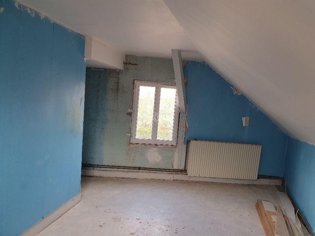 Maison à vendre 4 120m2 à Saint-Pierre-le-Moûtier vignette-9