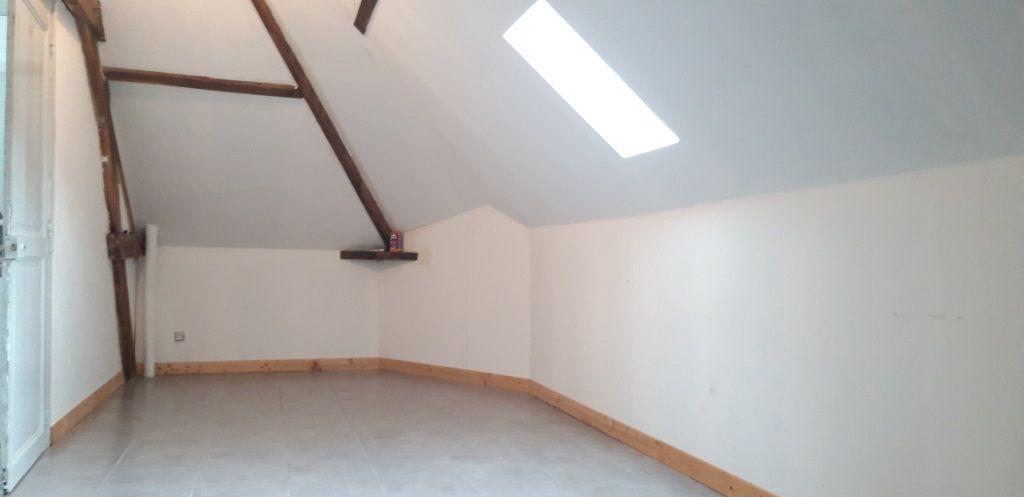 Appartement à louer 3 71.8m2 à Cercy-la-Tour vignette-10