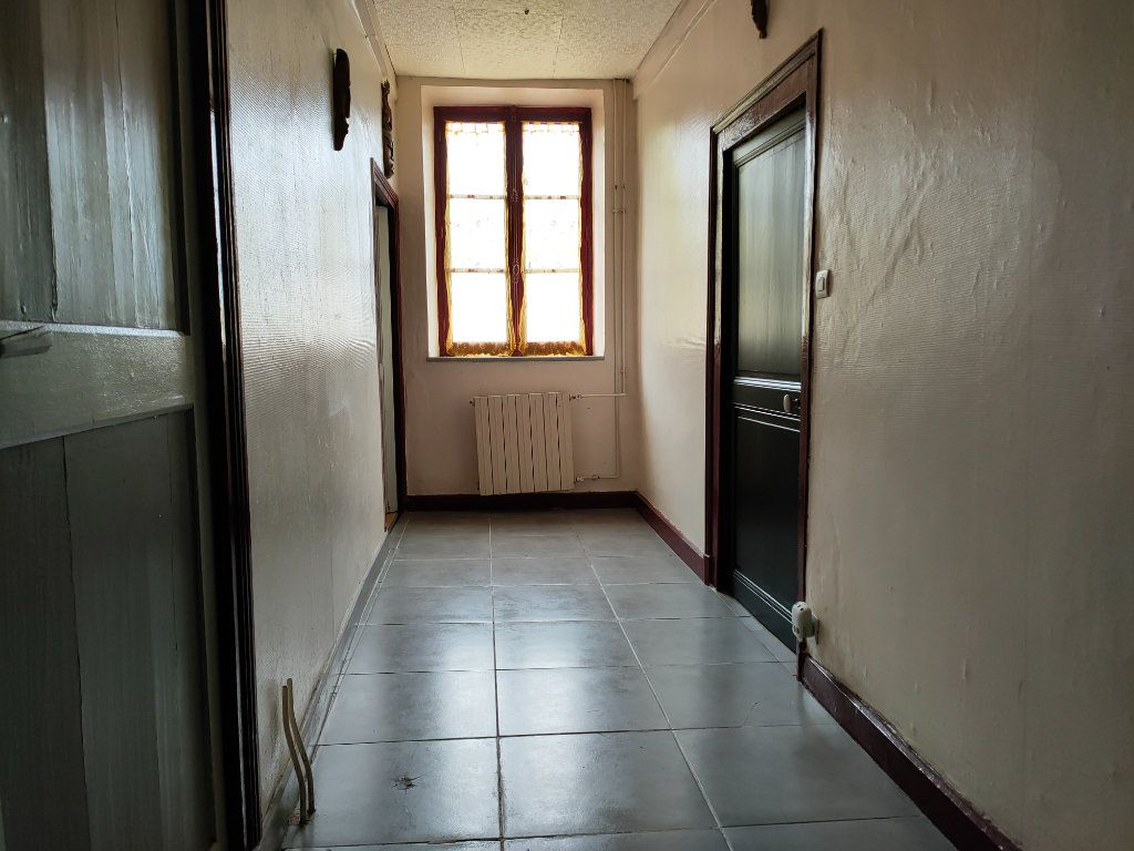 Maison à vendre 7 126m2 à Cercy-la-Tour vignette-9