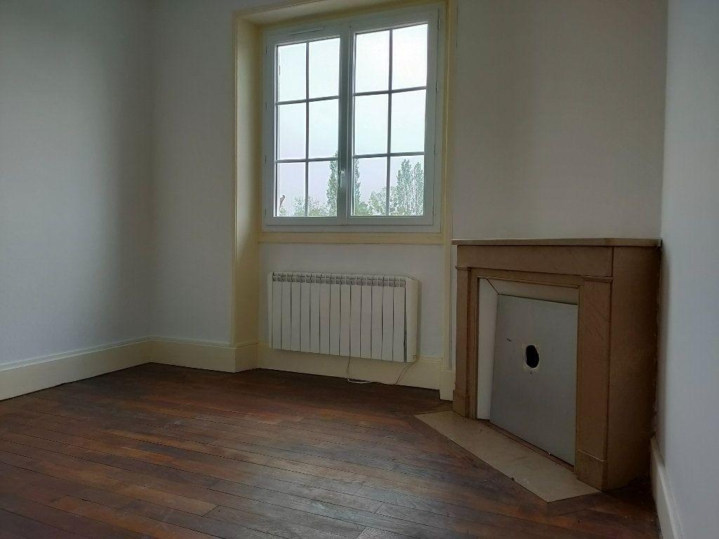Appartement à vendre 3 60m2 à Béard vignette-3