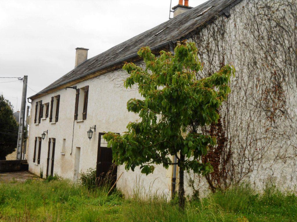 Maison à vendre 6 187m2 à Varennes-Vauzelles vignette-1