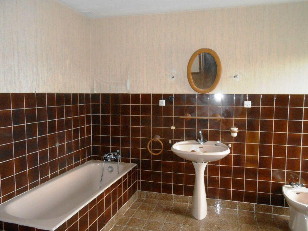 Maison à vendre 6 187m2 à Varennes-Vauzelles vignette-8