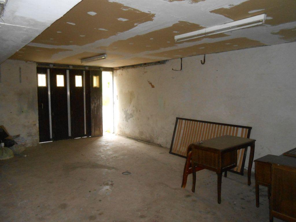 Maison à vendre 6 187m2 à Varennes-Vauzelles vignette-16