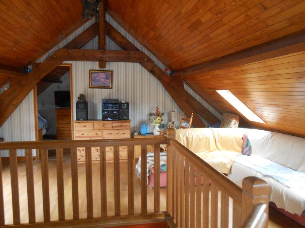 Maison à vendre 5 115m2 à Saint-Pierre-le-Moûtier vignette-4