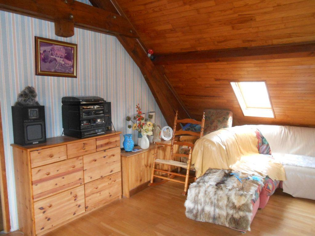 Maison à vendre 5 115m2 à Saint-Pierre-le-Moûtier vignette-5