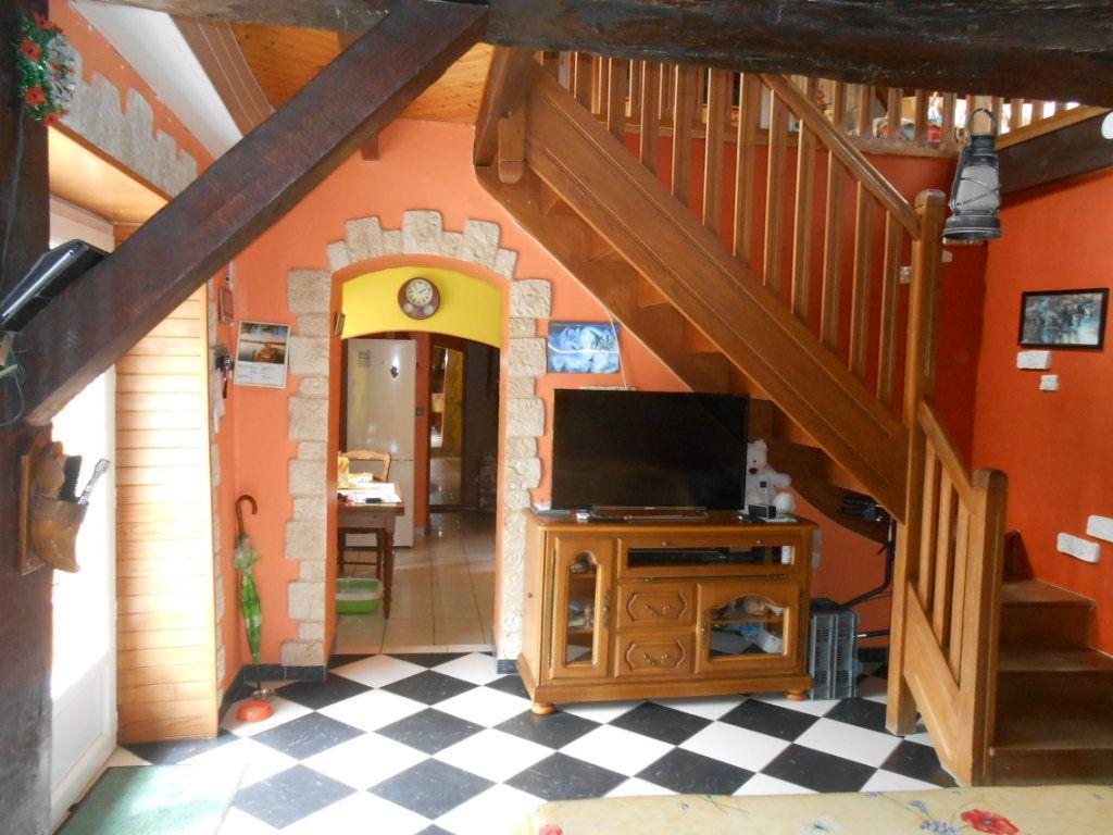 Maison à vendre 5 115m2 à Saint-Pierre-le-Moûtier vignette-7