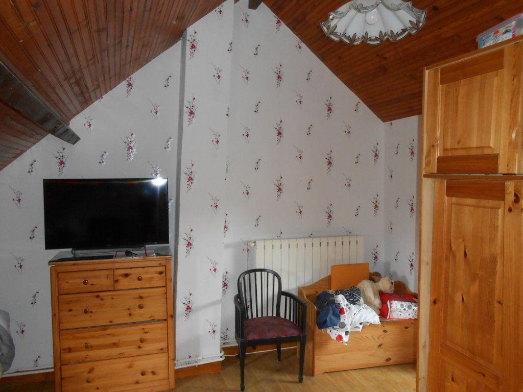 Maison à vendre 5 115m2 à Saint-Pierre-le-Moûtier vignette-18