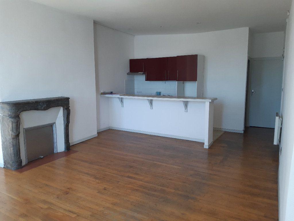 Appartement à vendre 3 66m2 à Nevers vignette-3