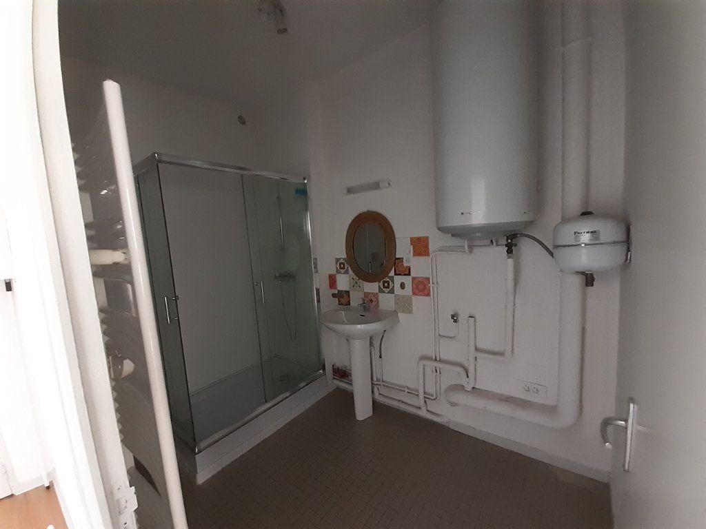 Appartement à vendre 3 66m2 à Nevers vignette-7