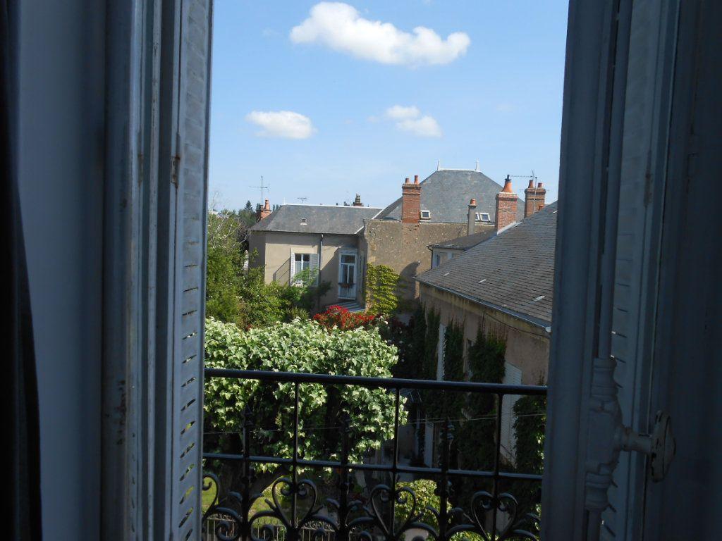 Appartement à vendre 4 91m2 à Nevers vignette-2