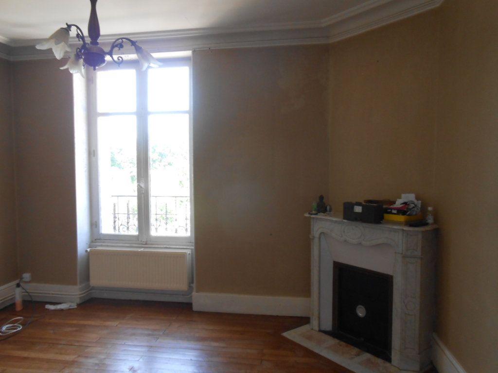 Appartement à vendre 4 91m2 à Nevers vignette-5