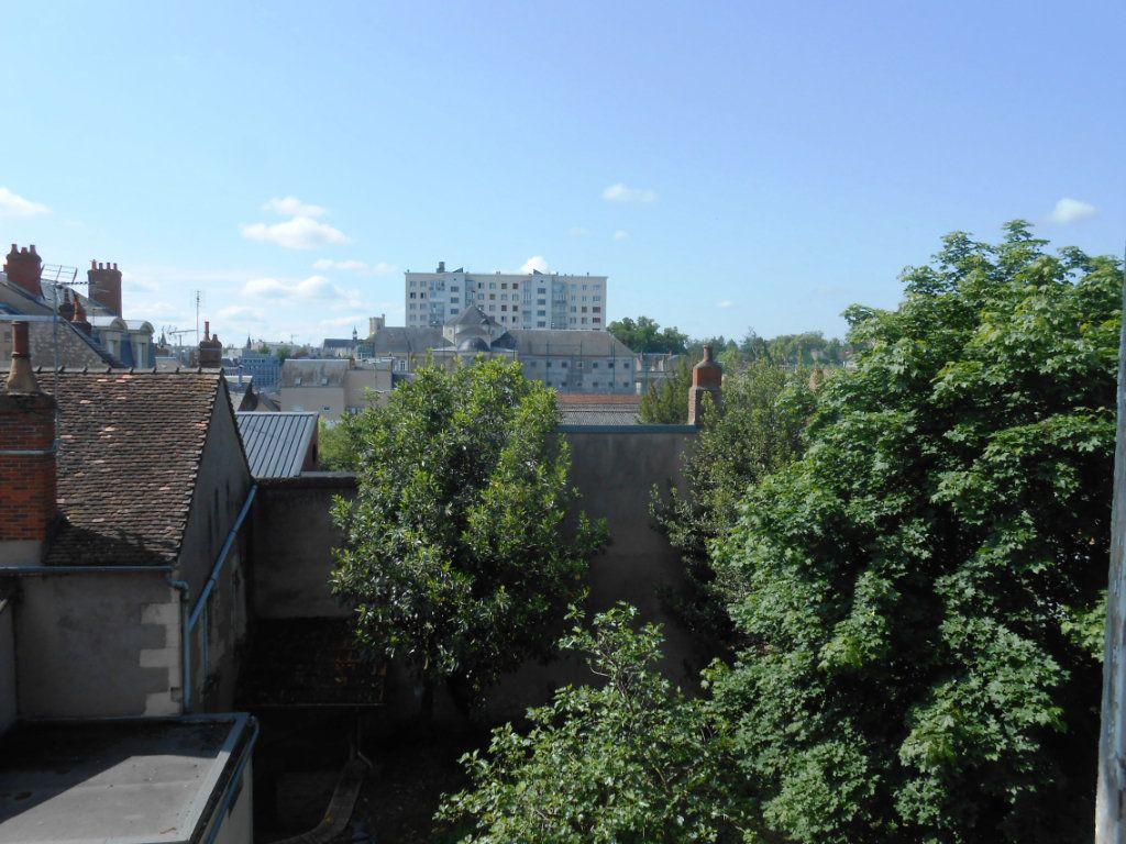 Appartement à vendre 4 91m2 à Nevers vignette-13