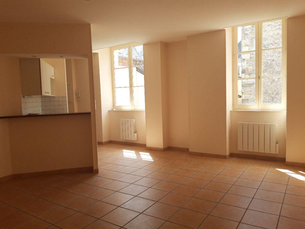 Appartement à louer 1 33m2 à Decize vignette-1