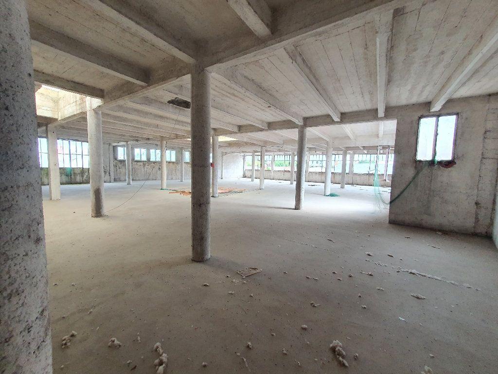 Appartement à vendre 2 736m2 à Nevers vignette-1
