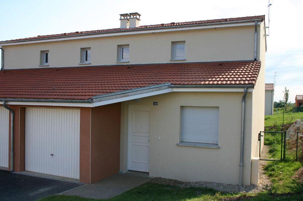 Maison à louer 4 76.5m2 à Saint-Éloi vignette-1