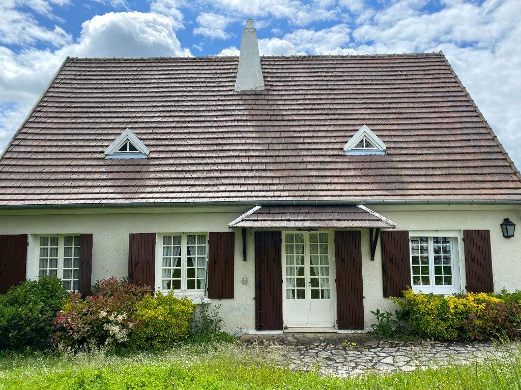 Maison à louer 6 158.2m2 à Nevers vignette-1
