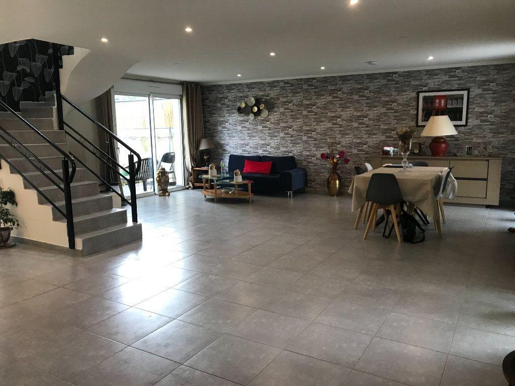Maison à vendre 6 217m2 à Châteauroux vignette-2