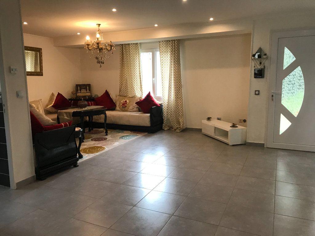 Maison à vendre 6 217m2 à Châteauroux vignette-3
