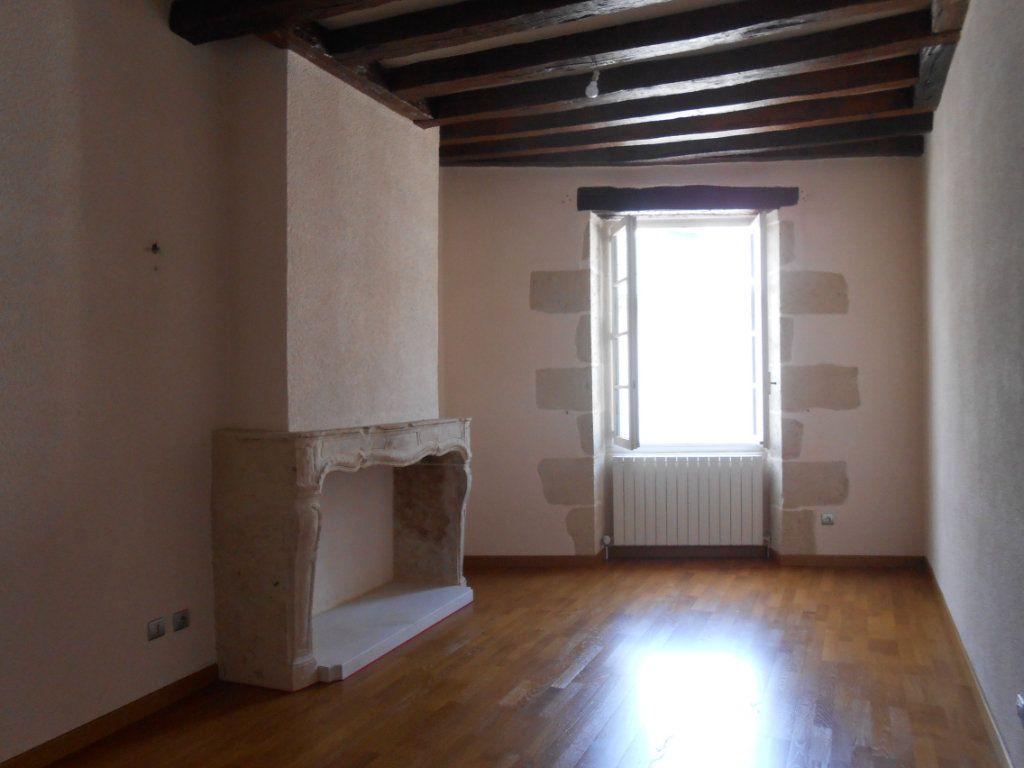 Maison à vendre 5 180m2 à Nevers vignette-2