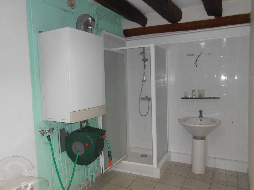 Maison à vendre 5 180m2 à Nevers vignette-9