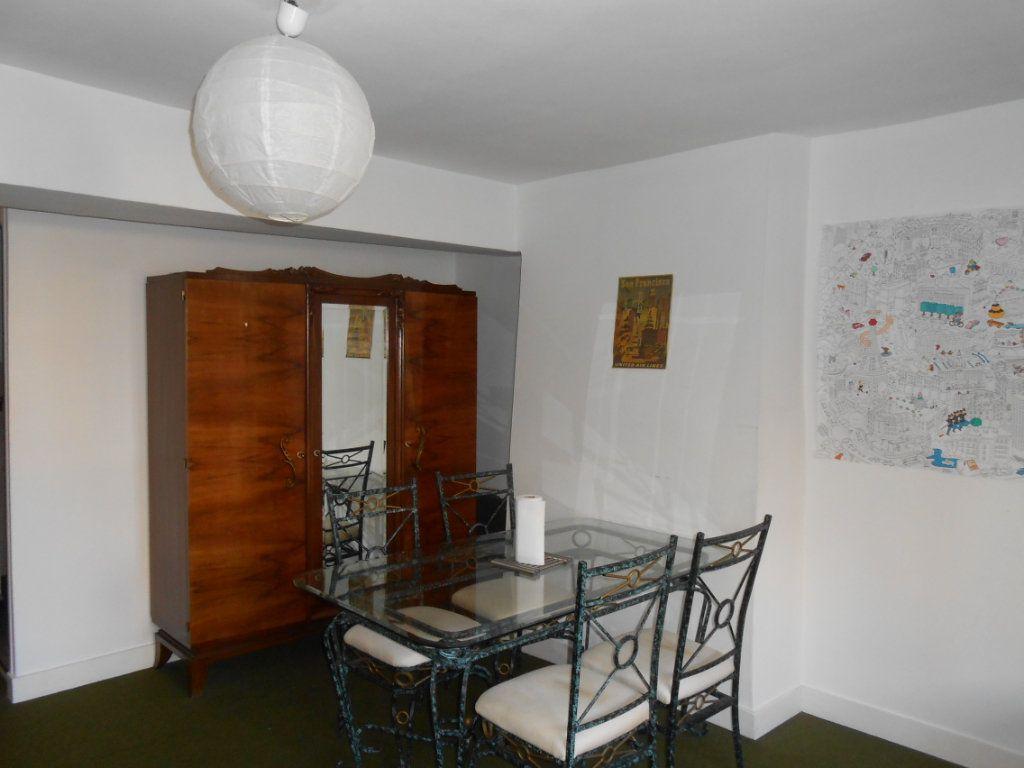 Immeuble à vendre 0 130m2 à Nevers vignette-2
