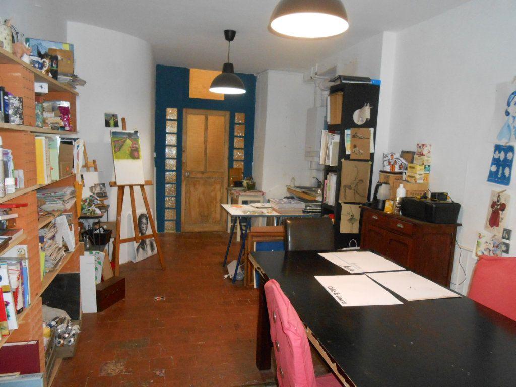 Immeuble à vendre 0 130m2 à Nevers vignette-16